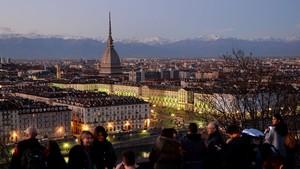 Torino apre la casa delle bambole hot piemonte - Casa delle lampadine torino ...