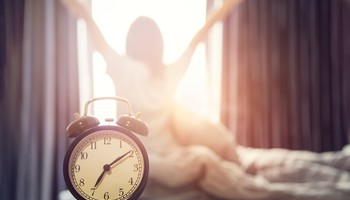 Svegliarsi in modo naturale può aiutare (ANSA)