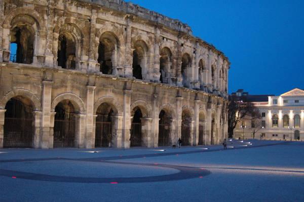 L'Arena di Nimes di notte © Ansa