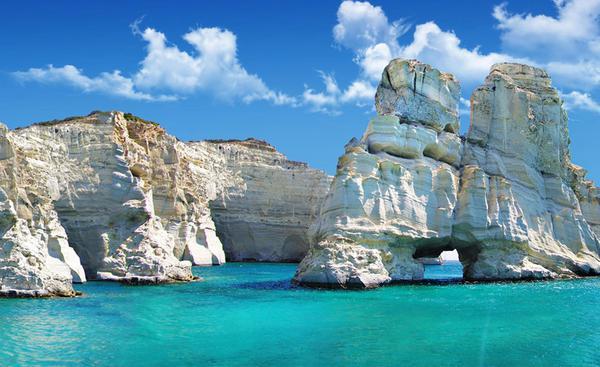 Le 15 spiagge più belle della Grecia tra monumenti e relitti