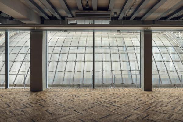 A Milano, location straordinaria per il nuovo Osservatorio fotografico di Prada