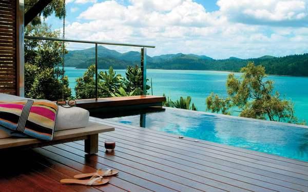 Le piscine a sfioro più belle del mondo, da Ravello al Kenya