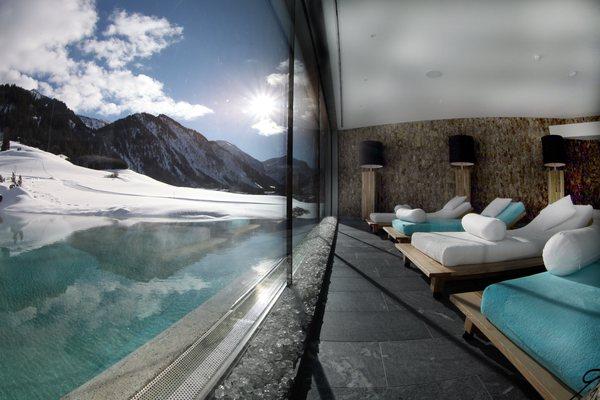 Dieci spa con vista sulle alpi austriache nel mondo - Hotel con piscine termali all aperto ...