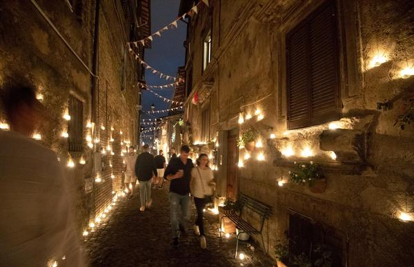 Candle's night in Vallerano © ANSA