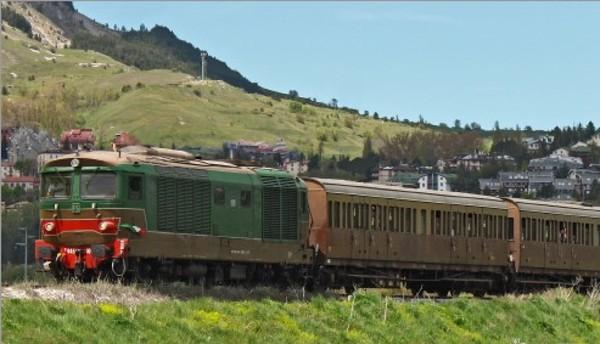 Franceschini, il 2020 sarà l'anno del treno turistico © ANSA