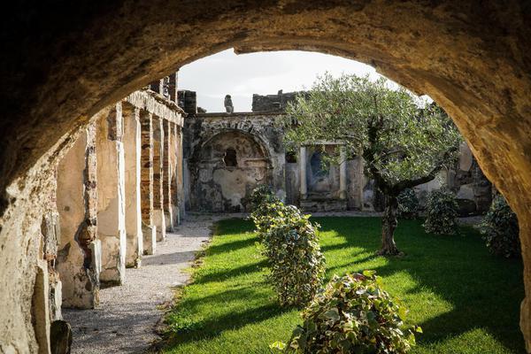 Pompei un percorso 39 verde 39 tra giardini ornamentali for Giardini ornamentali