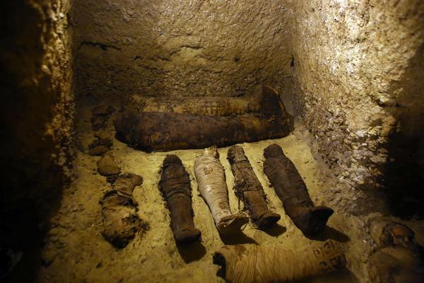 Scoperta archeologica in Egitto: rinvenute 40 mummie
