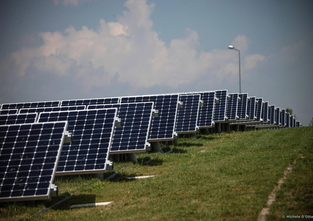 Rinnovabili: Usa, solare dà più lavoro di petrolio e gas