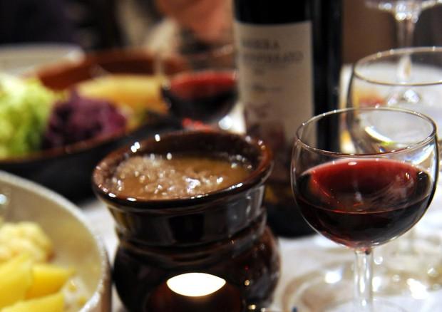 Bagna cauda day mila a tavola per il piatto piemontese