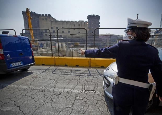 Smog, pioggia pulisce Roma e Milano,revocato blocco a Napoli