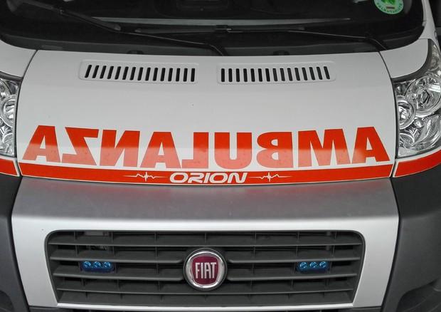 Napoli, nuova aggressione ad ambulanza. I medici: