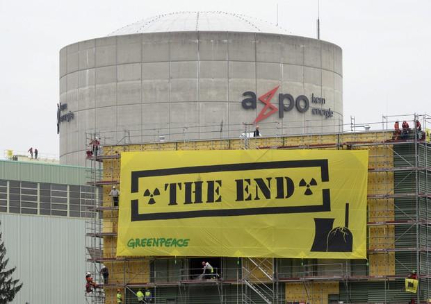 Divieto nucleare in Svizzera, vince Sì