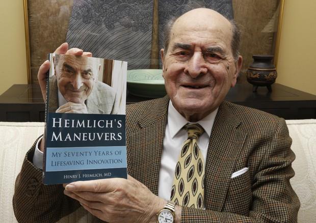 Addio ad Henry Heimlich inventore della manovra salva-vita
