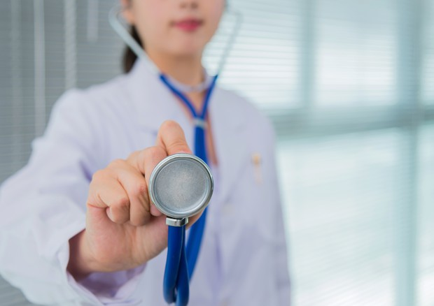 Una dottoressa © Ansa