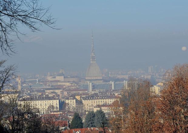Milano, domenica misure anti-smog. Granelli: blocchi proseguiranno
