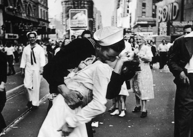 Una giornata dedicata al bacio fa bene anche alla salute for Giornata mondiale del bacio 2018