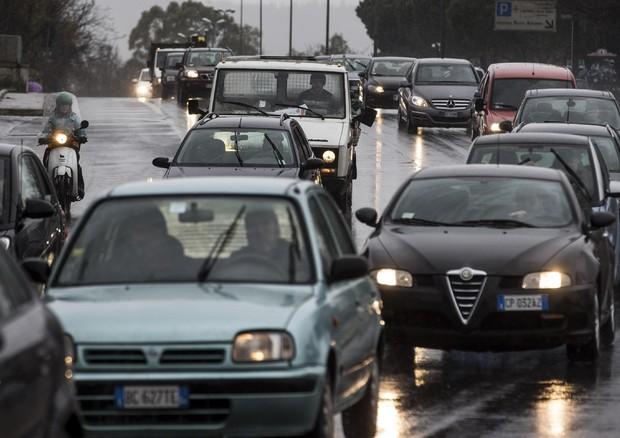 Inquinamento: c'è un legame fra il traffico e la demenza