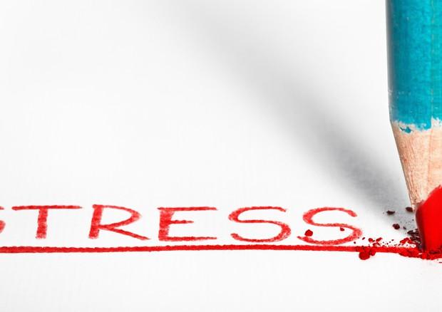 Stress: le donne si consolano col cibo, gli uomini invece… col sesso