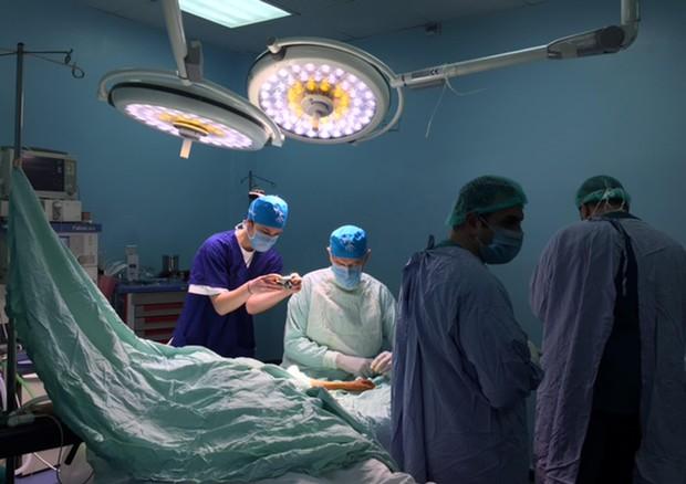 Tragedia all'ospedale Salesi di Ancona, madre e feto perdono la vita