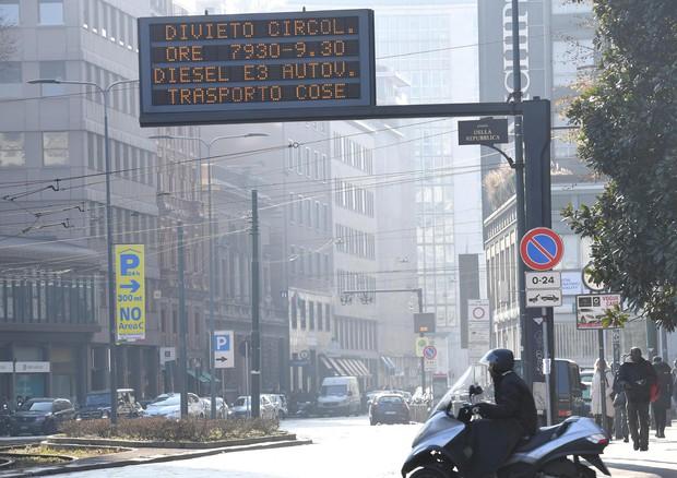 A Milano smog vicino ai limiti con blocco Diesel più inquinanti