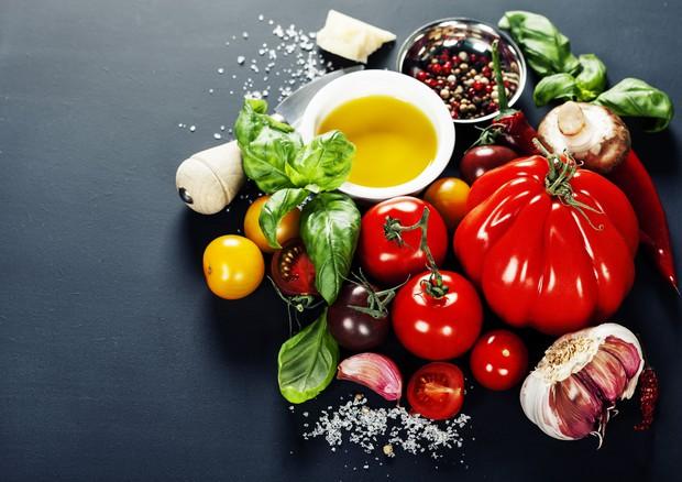 La dieta mediterranea e' un potente antiageing per il cervello © Ansa
