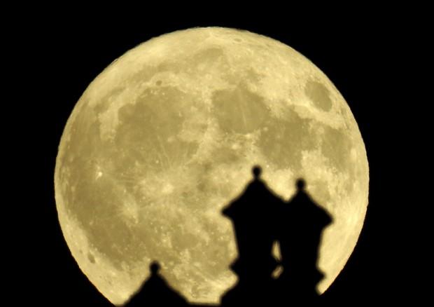 Occhi al cielo, in arrivo la Notte della Luna