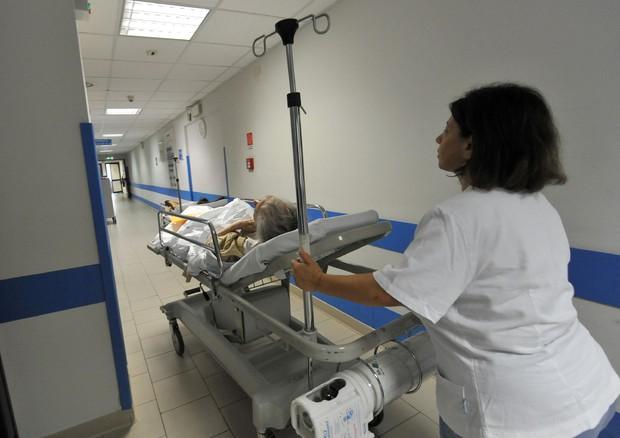 In 7 anni 12mila infermieri in meno nella sanità pubblica © ANSA