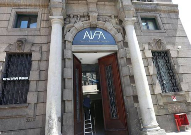 Aifa, pubblicata in GU la determina sul nuovo farmaco anti-Hcv Epclusa