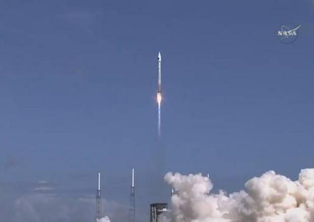 Spazio, lanciata verso l'Iss la navetta Cygnus