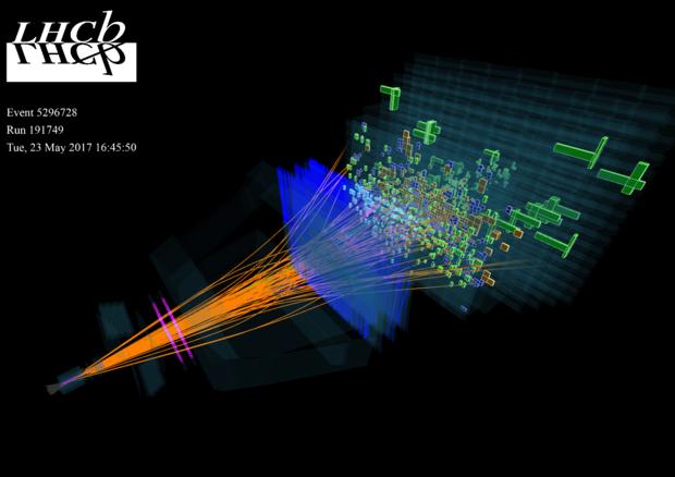 Un'immagine di collisioni fra protoni nell'esperimento LHCb avvenute il 23 maggio 2017 (fonte: LHCb/CERN) © Ansa