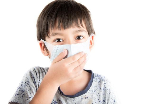 Documento dei pediatri Fimp a Galletti sui danni dell'inquinamento per la salute dei bambini © Ansa