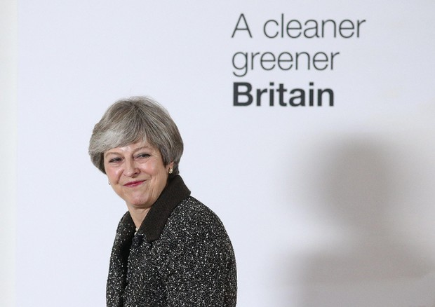 Prime Minister Theresa May 25-year plan for the environment © EPA