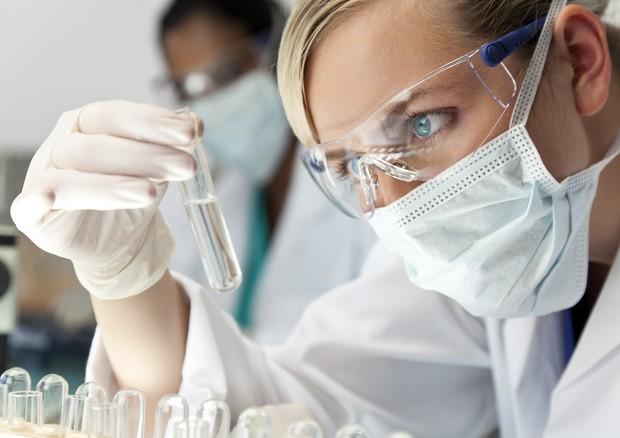 Sperimentazioni su farmaci, in Italia tornano a crescere © Ansa
