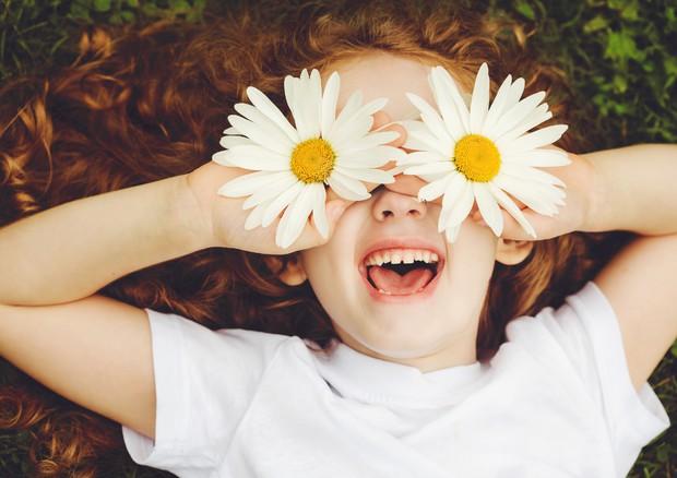 Giornata mondiale della gentilezza, se un fiore fa la differenza © Ansa