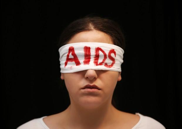 Aids in aumento tra i giovani, non riconoscono il rischio © Ansa