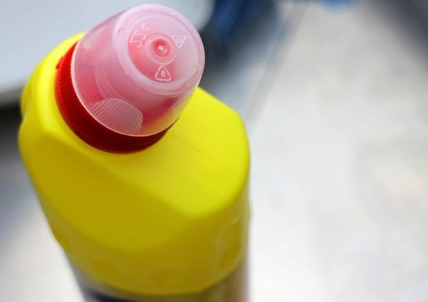 Genitori curano autismo con candeggina, almeno sei casi in Gran Bretagna © Ansa