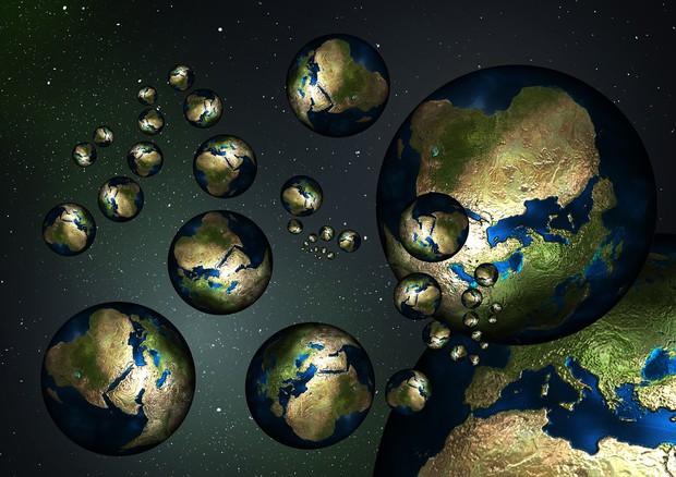 Esisterebbe un altro universo gemello, identico al nostro ma speculare �© Ansa