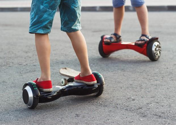 Hoverboard,  27mila ragazzi americani al pronto soccorso © Ansa