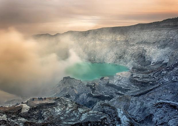 L'eruzione vulcanica che colpì l'isola di Santorini è considerata l'inizio dell'Età del bronzo (fonte: Max Pixel) © Ansa