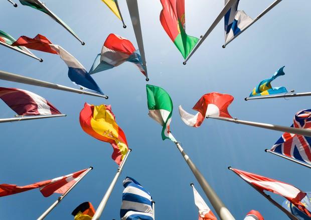 Gli europei vivono di più ma fumano troppo e in sovrappeso