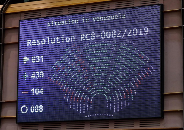 Vote on situation in Venezuela at the European Parliament © EPA