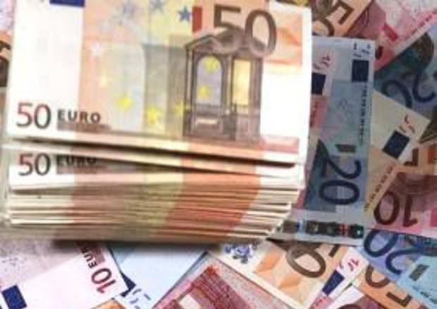 Ue, via libera alla Manovra 2020: rischi sul debito