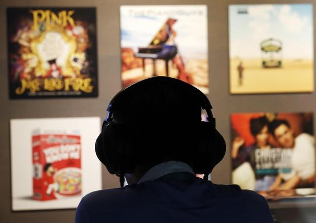 A rischio l'udito di un miliardo di giovani, anche per la musica © ANSA
