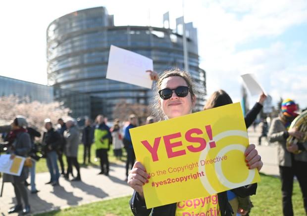 Copyright: ok finale riforma Ue, Italia vota contro