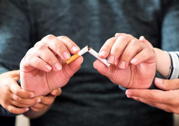 Da e cig a cerotti smettere di fumare tra bufale e verit for Farmaci per smettere di fumare