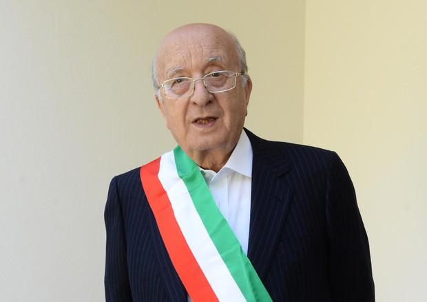 Ciriaco De Mita rieletto sindaco di Nusco a 91 anni.