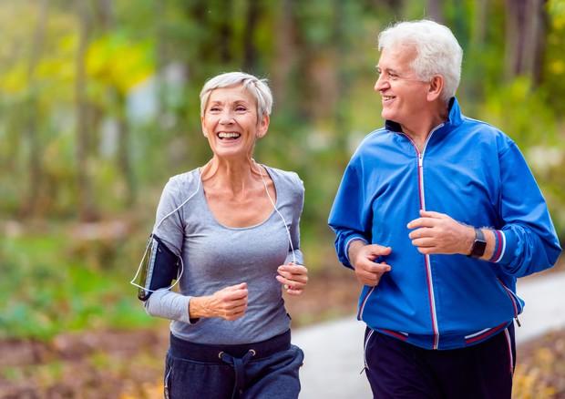 Uno stile di vita sano aiuta a combattere la demenza senile © Ansa