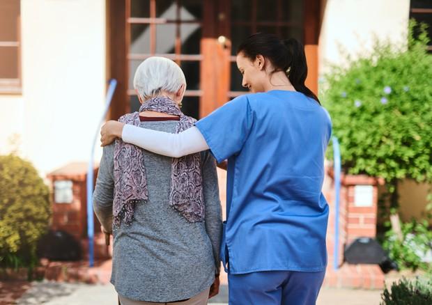 Nasce l'infermiere 'di parrocchia', accordo tra Cei ed Asl © Ansa