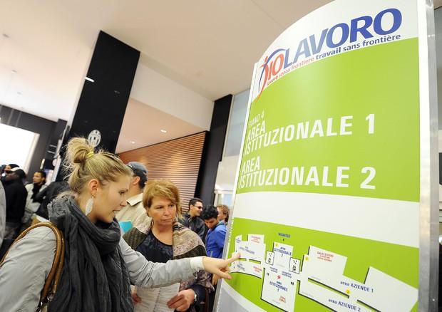 Istat: diminuiscono i disoccupati ma aumentano quelli che non cercano più lavoro