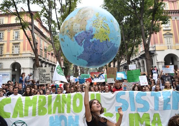 La marcia per il clima a Torino © ANSA